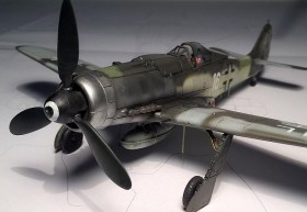 Neutrales Foto der AZ-Model FW-190 D9