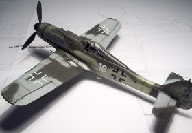 Neutrales Foto der AZ-Model FW-190 D9 Oberseite